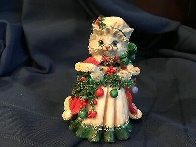 Thickets At Sweetbriar Mrs. Claws Christmas Figurine Cat Kitten Possible Dreams