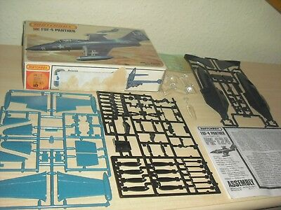 MATCHBOX PK-124 / 1-72 F9F-4 PANTHER in OVP
