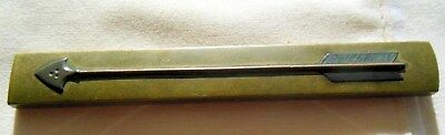 Fine Kozuka Handle, Japanese Sword, Green Copper With A Beautiful Arrow On Fron