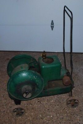 2 HP Fairbanks Morse Model Z Gas Engine Motor On Truck Cart Wheels