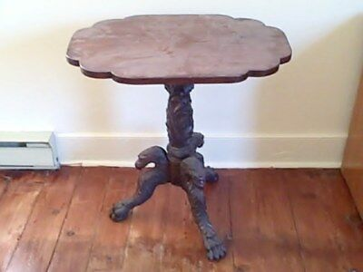 federal tilt top table with carved eagles hairy paw mahogany  1800-1820