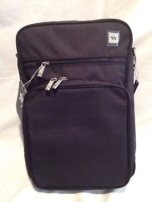 Jujube Xy Collection Helix Baby Messenger Diaper Bag    Color: Carbon   Nwt