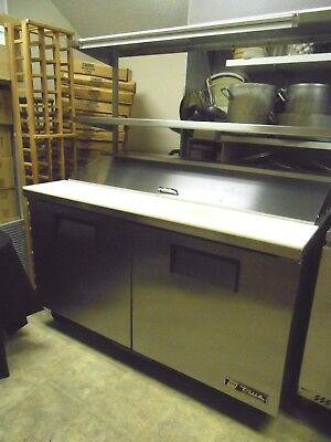 True Sandwich Prep Unit TSSU-60-16 with double Over Shelf Cools Great Nice Clean