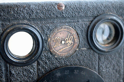 1902 Midg #0 Falling Plate camera produced by Butcher & Son in the UK