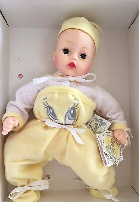 Madame Alexander   BABY TWEETY BIRD  baby doll  25405  Classic Collection
