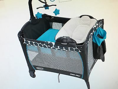 Graco Pack 'n Play Playard with Removable Napper Changer, Motif