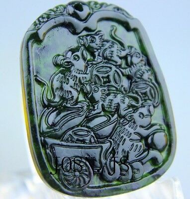 Chinese nature black green jade Jadeite pendant necklace hand-carved Mouse AAA4