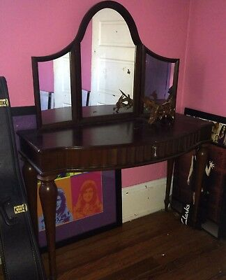 Vanity Makeup Dressing Table with Folding Mirror Wood Desk