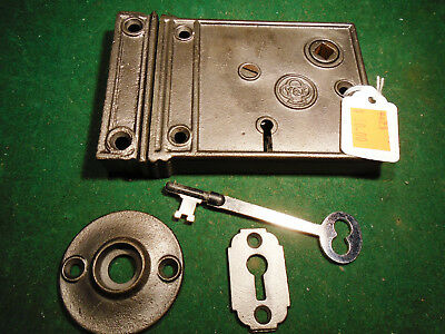 VINTAGE YALE & TOWNE RIM LOCK w/KEY & KEEPER: CLEAN RECONDITIONED (9423)
