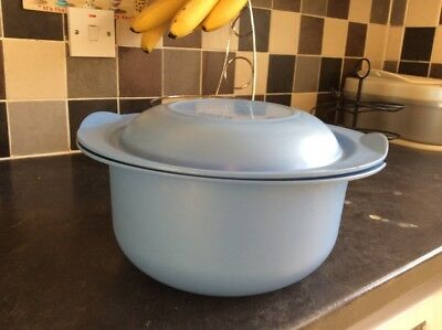 TUPPERWARE Ultra Pro Plus 5L with Lid Oven Casserole Immaculate