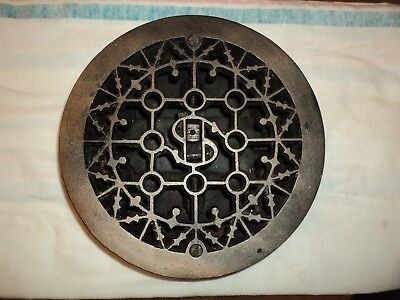 Antique Round Ornate Foor Grate Register