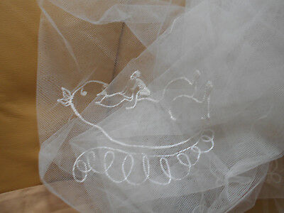VINTAGE 1940's HAND EMBROIDERED WHITE TULLE BABY COT COVER