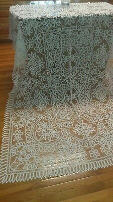 "Vintage hand made battenburg lace tablecloth 88""×66"""