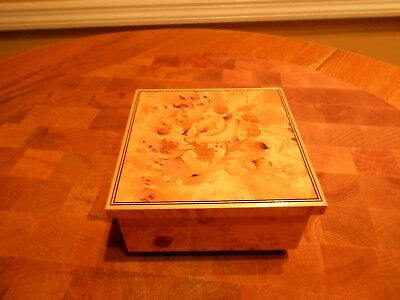 Vintage House Of Goebel Italy Wooden Music Box Strangers In The Night FREE SHIP!