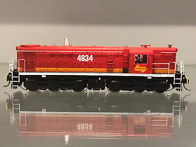 TrainOrama 48 Class HO Scale Locomotive, 4834, Candy - Red Roof