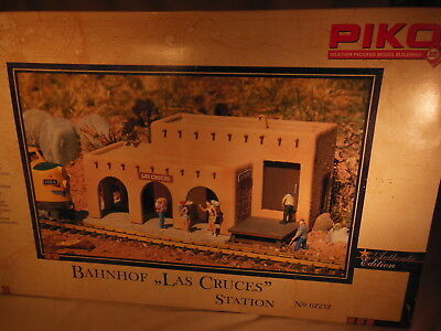 62252 PIKO Las Cruces Station G scale