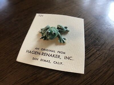 Hagen Renaker Baby Frog Green Made in USA 1/2 Inches Tall
