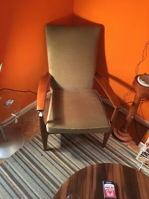 Vintage - Retro Teak Armchair  - Lounge - Fireside Chair - By Parker Knoll !!