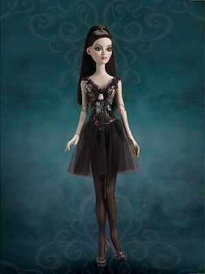 BNIB Dreamstate Evangeline Ghastly Wilde Imagination Tonner Doll retired black