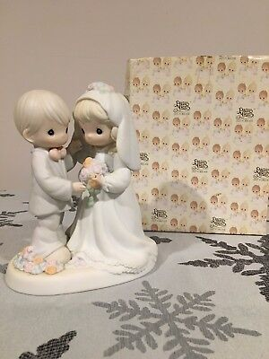 """Enesco Precious Moments """"I Give You My Love Forever True"""" 129100 PERFECT!"""