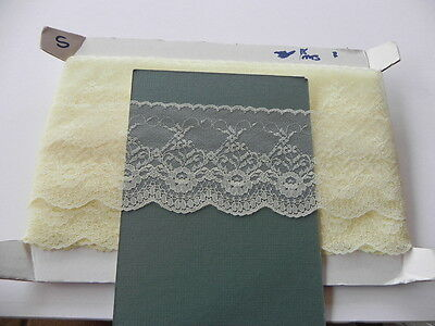Card of New Lace - Wide Lemon
