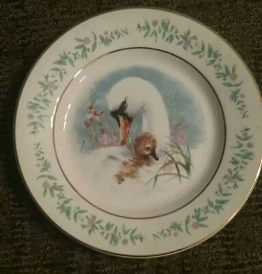 Vintage 1975 Avon Collector plate Gentle Moments Mother Swan / Baby by Wedgwood
