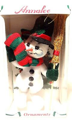 "*NEW* Annalee (2005) SNOWMAN ORNAMENT 6"" New in Box"