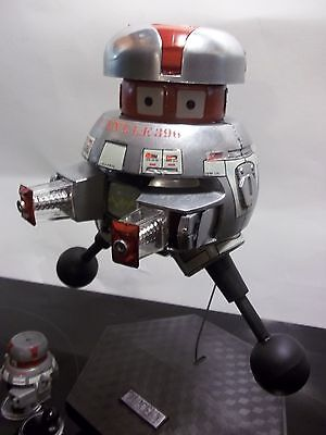 "Space 1999 Eagle 1 Mattel   *1 *""Vincent 396 Good Guy Droid"" 12'' Disney 1979"