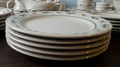 Longaberger USA Pottery Woven Traditional Holly Berry (5) Dinner Plates