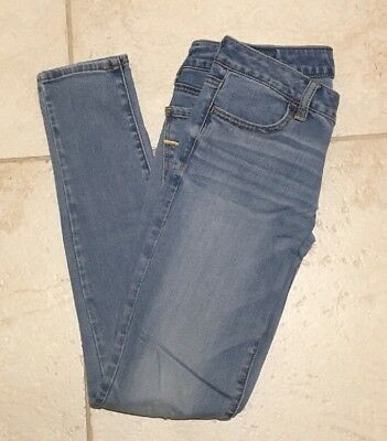 AEO American Eagle Outfitters Women's Super Stretch Jegging, Light/Medium Wash 4