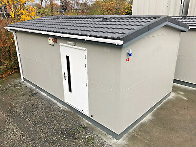 20ft x 12ft - Changing Room | 5 x Person | Shower Block | Toilets | Boiler Room