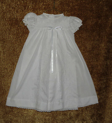 Breathtaking Vintage 2 Pc Christening Baptism Gown Embroidered Eyelet Evc