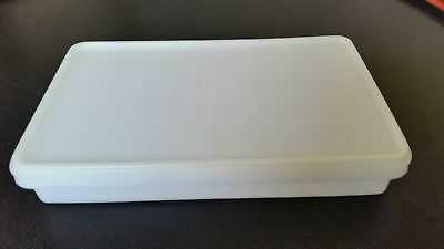 """Tupperware #794 Rectangle Container 11"""" x 6.5"""" Bacon Cold Cut Keeper"""