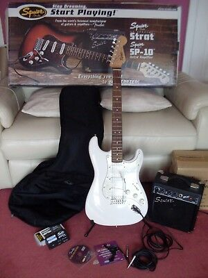Squier by Fender SE Special Strat Guitar + SP-10 Guitar Amplifer Stand Combo Pk