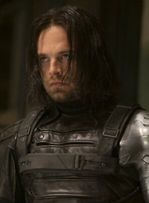 Sebastian Stan UNSIGNED Photo - K7007 - Captain America: The Winter Soldier