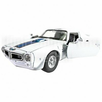 Welly 1:34-1:39 Die-cast 1972 Pontiac Firebird Trans Am Car White Model New