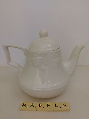 Bhs ~LINCOLN~  2 pints teapot