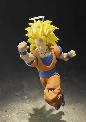 In STOCK Bandai S.H. Figuarts Dragonball Z Super Saiyan 3 Son Goku Action Figure