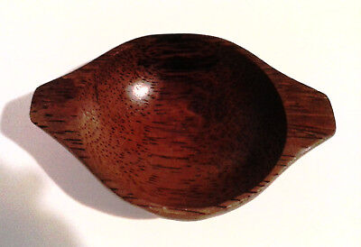 Vintage Hand Carved  Wooden Oval Bowl Dish,one piece with Handles