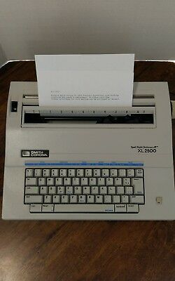 Smith Corona Electric Typewriter XL 2500 with Spell Right Dictionary with Case