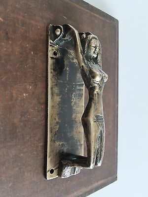 VINTAGE ANTIQUE Hand Made Solid Brass Sculpture Door KNOCKER