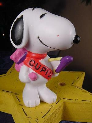 Vintage Peanuts SNOOPY as CUPID with BOW ARROWS QUIVER Valentines PVC Figure