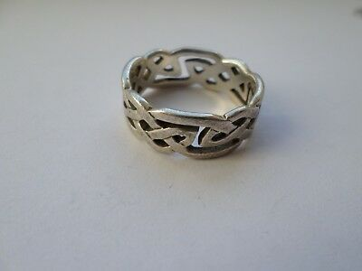 Mens sterling silver Celtic style ring UK size W - 7 grams
