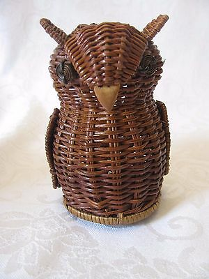 Vintage Avon Miniature Wicker Basket Owl Menagerie Gift Collection