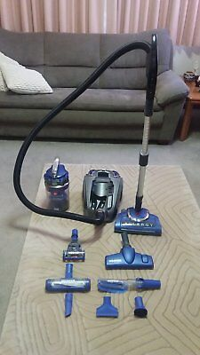Vacuum Cleaner - Hoover Allergy Barrel with Deep Cleaning Powerhead