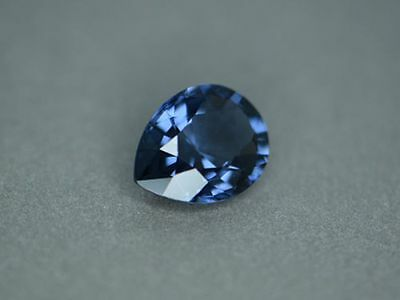 2, 56 ct - VVS ,   PEAR , Mix FAC., nat. SUPER BLUE SPINELL ,2 x CGJ ZERTIFIKAT
