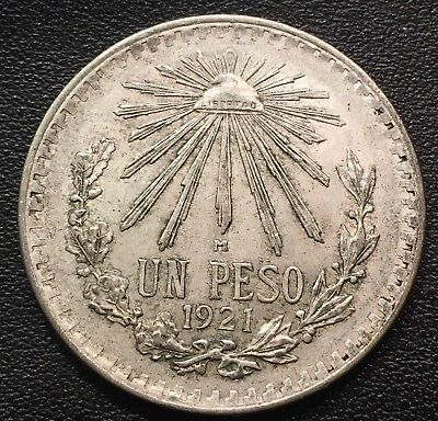 1920-45 Silver Mexican 1 Peso Cap & Rays  Avg  Circulation  (ASW .3856 oz)