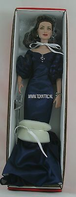 Brenda Star Betty Ann Essence of night dressed Tonner tyler doll mint in box