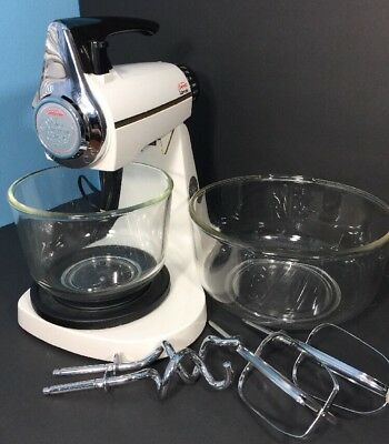 Vintage SUNBEAM MixMaster 12 Speed Hand & Stand Mixer 2 sets Beaters And Bowls
