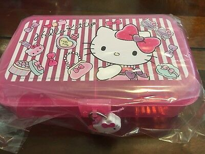 Sanrio Hello Kitty PINK Jewelry / Make Up / Pencil Case with Lock and keys